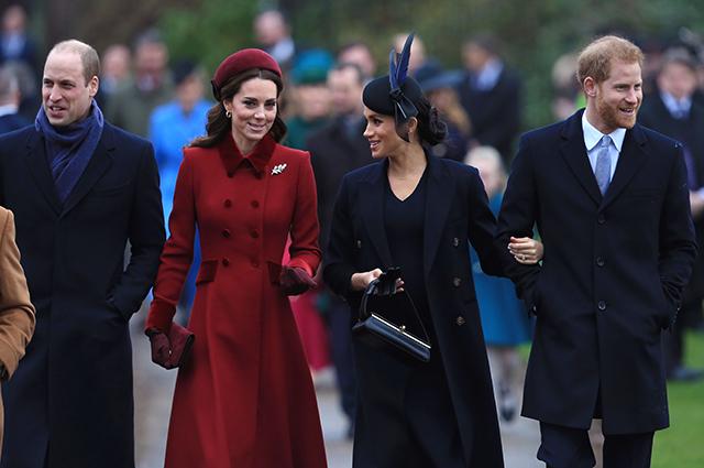 Королевская семья посетила рождественскую службу